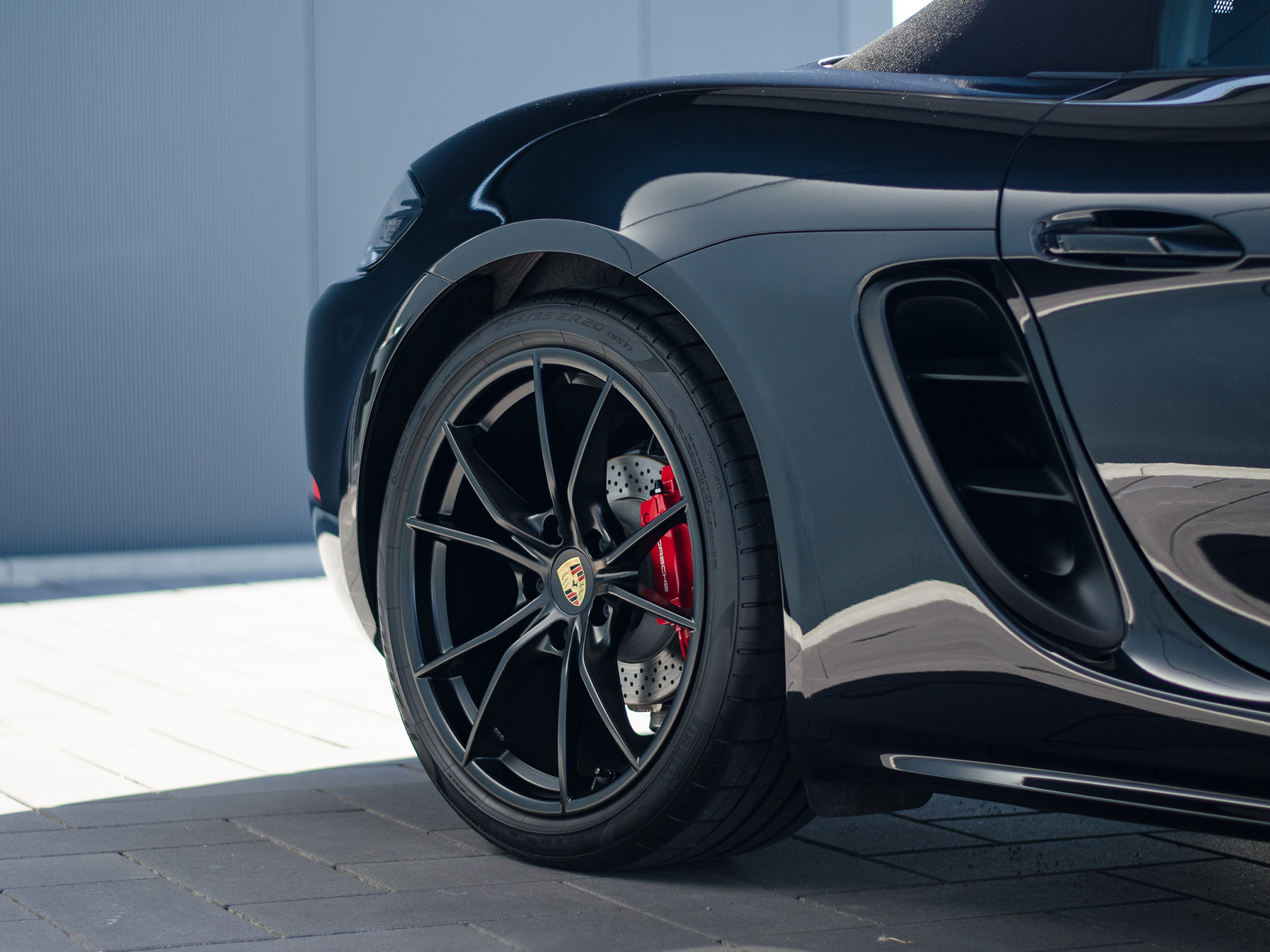 Porsche Boxster GTS Cabrio 3