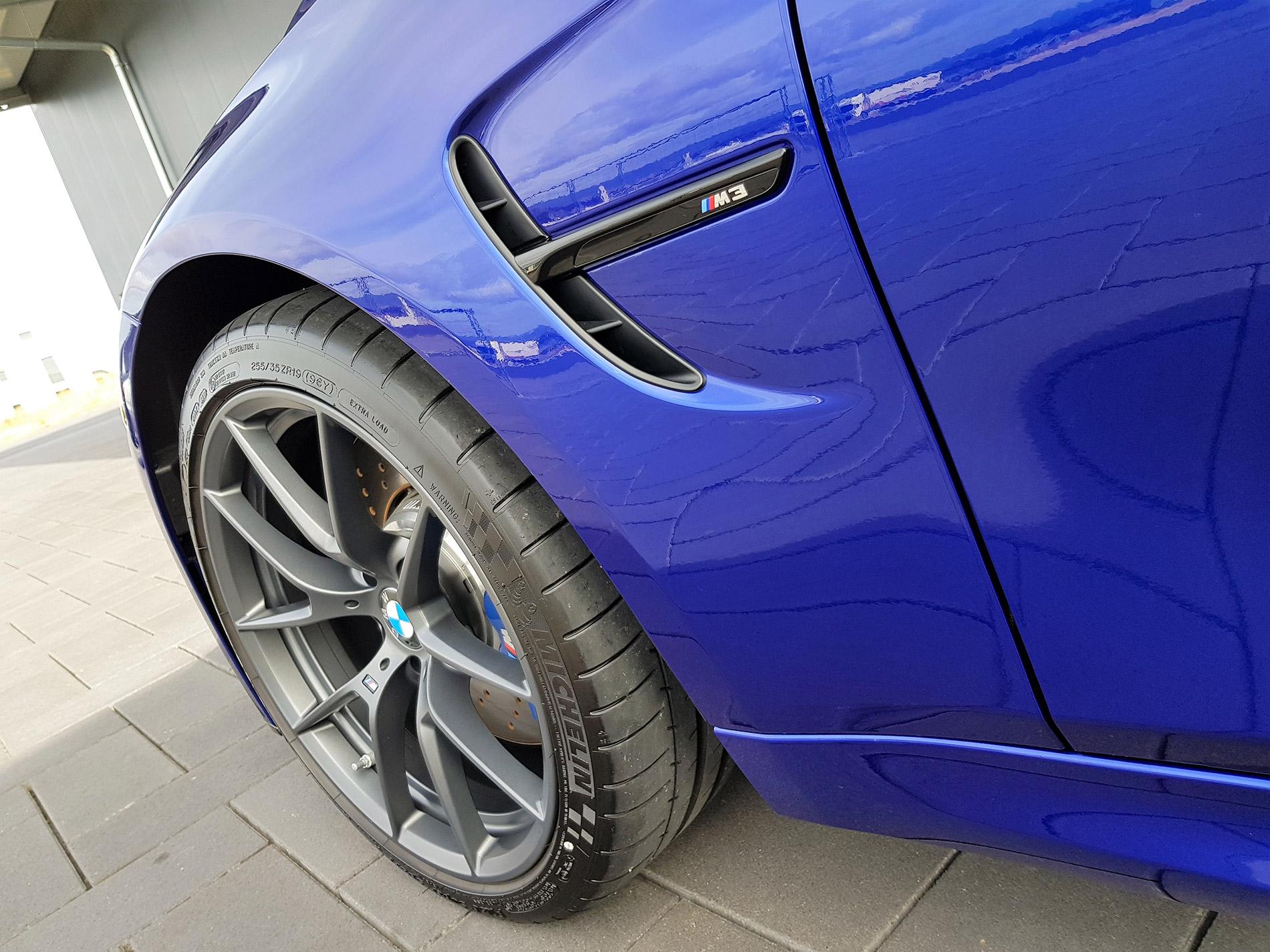 BMW M3 CS 4