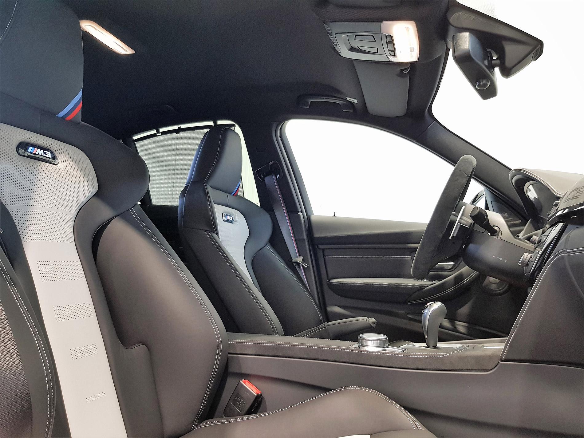 BMW M3 CS 8