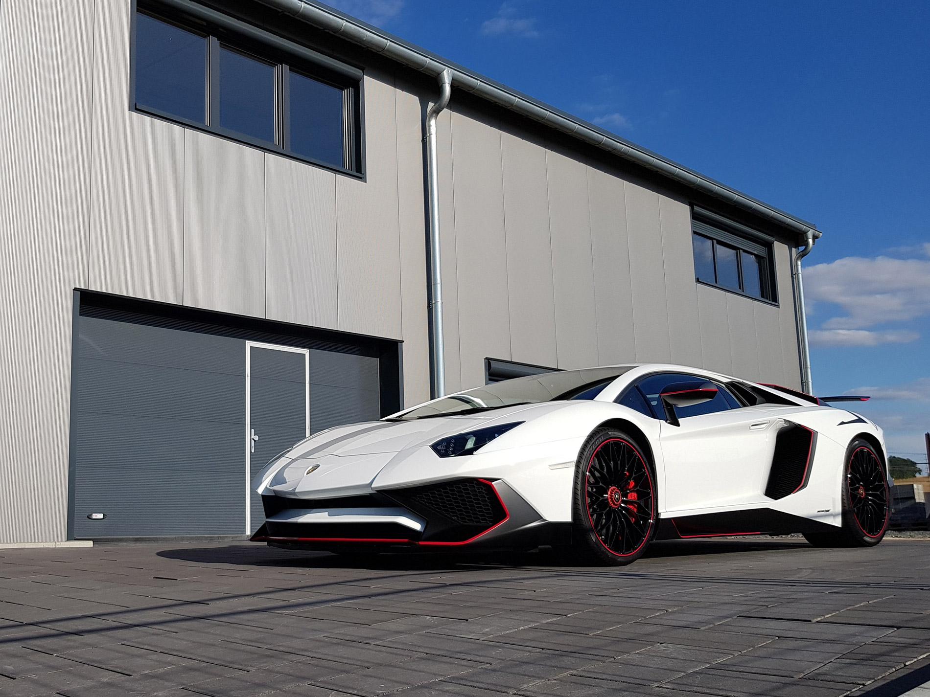 Lamborghini Aventador SV 2